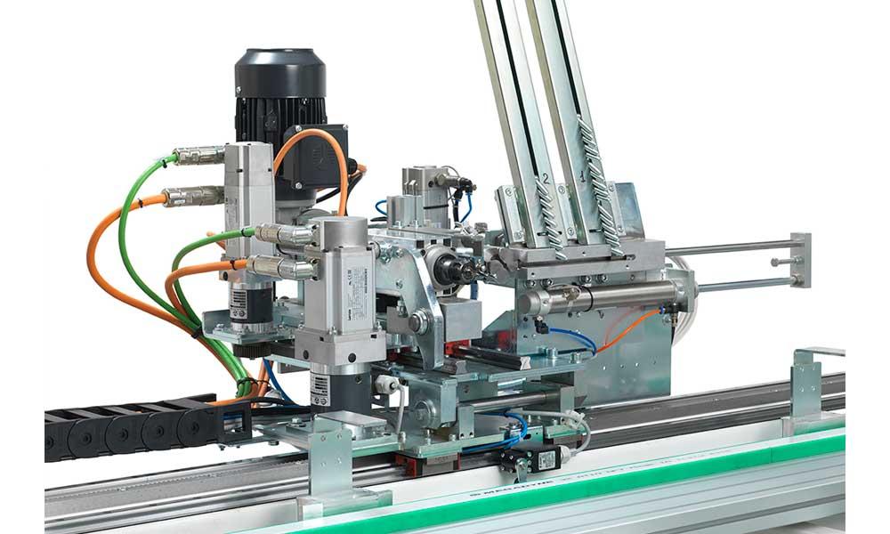 Lavorazione anuba e cerniere, Tekno X2 - Futura Woodmac
