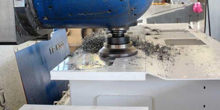 Nouvelles Futura Woodmac: profileuse avec largeur max de travail 350 mm